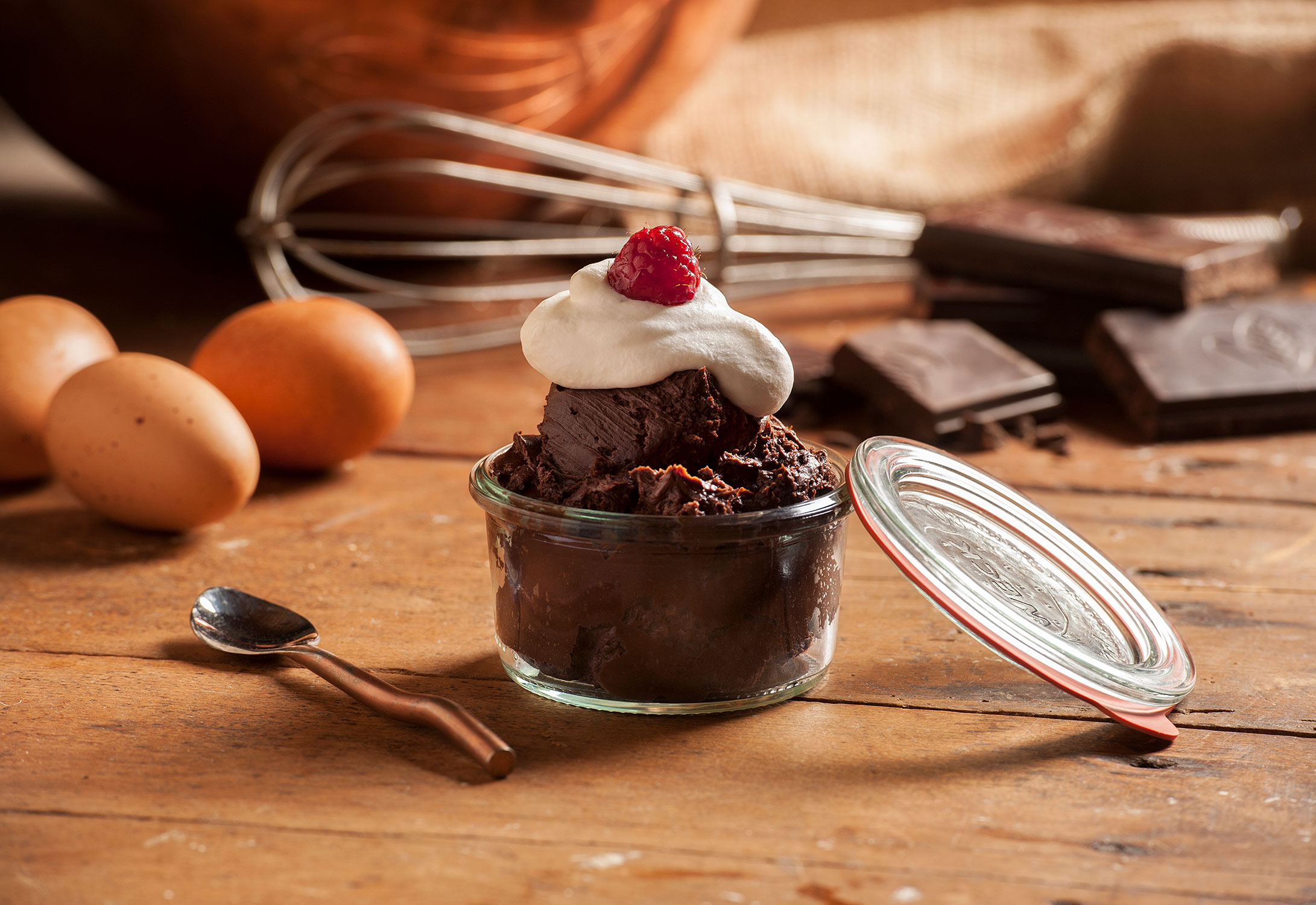 057ChocolateDessertDish